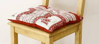 linge de lit style chalet montagne galette de chaise style montagne vanoise aspin grenier alpin