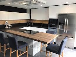 cuisine jaune et grise cuisine et bois et beautiful cuisine bois et noir galerie