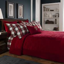 Red Bedding The 25 Best Red Bedspread Ideas On Pinterest Red Bedding Red