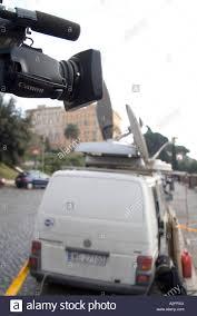 Unit Tv Outside Broadcast Unit Tv Television Crew Camera News Item