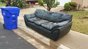 Sectional Or Sofa And Loveseat Sofa U0026 Couch Removal Service In Omaha Ne Uno Couch Sofa Recliner