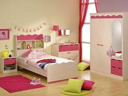 komplett kinderzimmer kinderzimmer komplett kiefer nb pink schrank bett nachtkommode