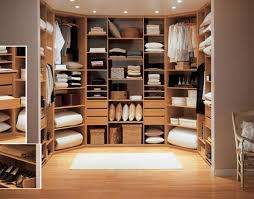 Walk In Closet Design Ideas To Find Solace In Master Bedroom - Small master bedroom closet designs