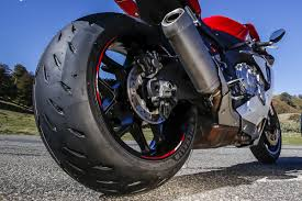 motorcycle tire tread pattern explained the bikebandit blog
