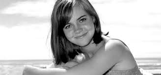 sally field hairstyles over 60 the less than gidget career of sally field starts at 60