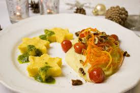 cuisine vegetalienne ร ปภาพ ดาว การตกแต ง ม ออาหาร ผล ต ผ ก เมน ข าวโพด ม