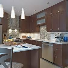 cuisine brun cuisine style contemporain avec armoires mélamine polyester