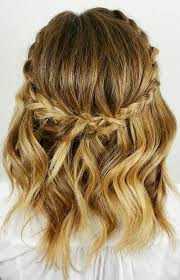 short hair layered and curls up in back what to do with the sides 20 stylish low maintenance haircuts and hairstyles