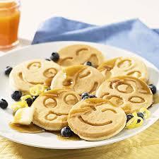 halloween pancakes amazon com nordic ware smiley face pancake pan kitchen u0026 dining