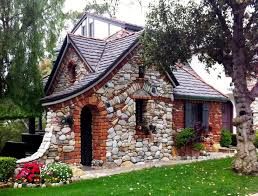 Best 10 Stone Cabin Ideas by Best 25 Fairytale Cottage Ideas On Pinterest Cottages Small