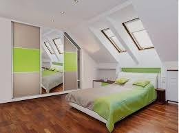 chambre sous combles couleurs beautiful feng shui chambre sous pente photos design trends 2017