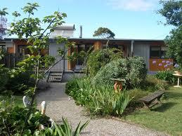 foottloose beach house apartment portarlington australia