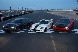 dodge challenger vs viper srt hellcats everywhere bondurant s high performance driving