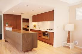 choosing kitchen cabinets on 640x478 here are important 5 tips