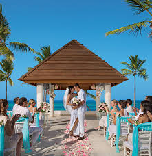 destination wedding locations an inside look at the best destination wedding locations