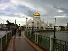sultan hassanal bolkiah plane sultan omar ali saifuddin mosque you u0027ve never been to brunei if