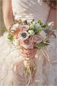 Non Traditional Wedding Decorations 23 Textural Wedding Bouquets With Feathers Weddingomania Weddbook