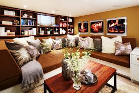 Accent Pillows For Brown Sofa by Decorating Decorative Pillows On Oversized Couches With Rustic