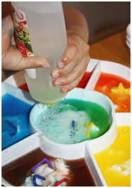 color mixing fizzy science experiment little bins for little hands