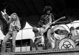 led zeppelin lava l led zeppelin duo in court over accusations of ripping off stairway