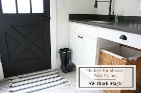 choosing modern farmhouse paint colors