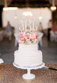 love this wedding cake and monogram cake topper wedding cake