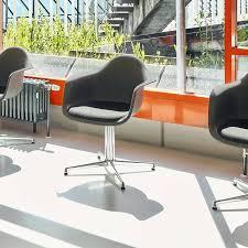 Vitra Eames Plastic Armchair 17 Best Vitra Eames Plastic Chairs Images On Pinterest Armchairs