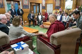 docteur chambre nancy tibet dharamshala avec nancy pelosi présidente de la chambre