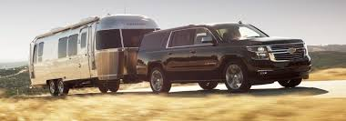 how much can the 2018 chevrolet suv models tow