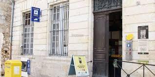 bureau de poste gambetta les syndicats appellent à la grève mercredi sud ouest fr