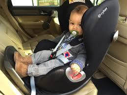 comment attacher un siège auto bébé de cybex le parfait siège auto de bébé poulette