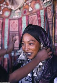 photographs of the islamic tuareg tribe where women embrace sexual
