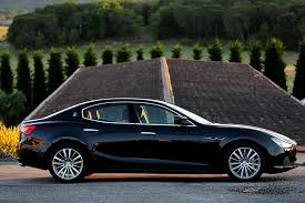 maserati ghibli vs bmw 5 series 2015 maserati ghibli overview cars com