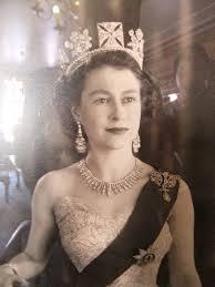 a young queen elizabeth ii 1950s 768x1024 historyporn