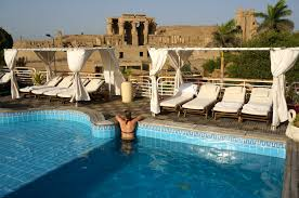 luxury egypt on a backpacking budget two week itinerary