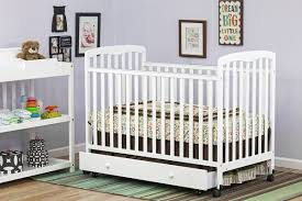 Baby S Dream Convertible Crib by Best Cribs With Built In Storage Multipurpose Cribs U0027 Reviews