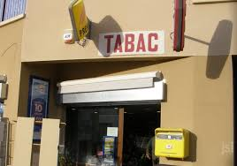 bureau de tabac viré le bureau de tabac a été cambriolé