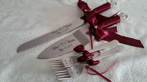 wedding cake knives and servers personalised laser engraved personalized wedding interlocking hearts design
