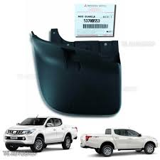 mitsubishi l200 2015 l r 4wd back mud flap splash guard genuine for mitsubishi l200