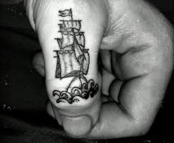 90 imaginative finger tattoos for the unashamed tattoo enthusiast