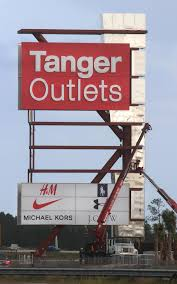 gnc thanksgiving hours tanger names more outlet mall tenants news daytona beach news