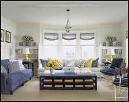 paint the coffee table hale navy ben moore with yellow baskets