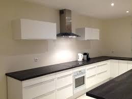 elements haut de cuisine elements hauts de cuisine les meubles hauts et la hotte sont