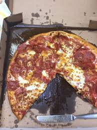 cheese delivery pizza romanos 3 cheese pepperoni pizza was grease out of