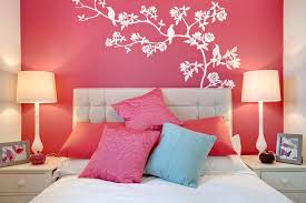 simple pink and red wall paint designs for small bedrooms