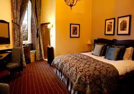 the castle dungeon game solars queens bedroom bedrooms cloak room