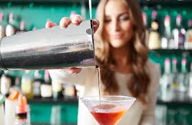 top 10 drinks order bar restaurant and bar trends top 10 cocktails for 2017 grouponmerchant