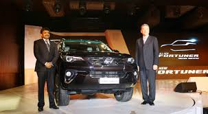 toyota kirloskar motor launches second gen fortuner at rs 25 92 lakh