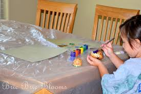 kids crafting tip avoiding a mess while painting brie brie blooms