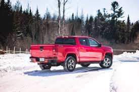 chevy colorado 2017 chevrolet colorado z71 small doesn u0027t mean without nerve
